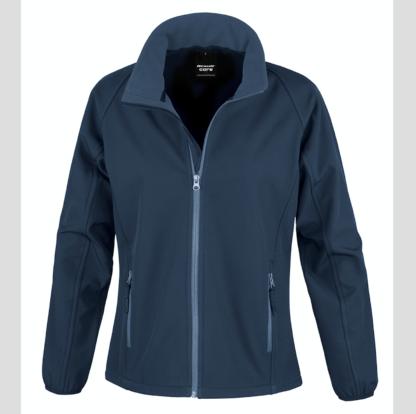 blu scuro navy Giacca giacche giubbini giubbino ricamate ricamo logo stampate stampa personalizzate in softshell a due strati con interno in micropile, antivento e traspirante, zip intera con protezione per il mento, 2 tasche laterali con zip, polsini elasticizzati, offerta promozione